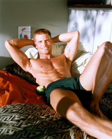 голые мужские актеры в кадре фото фильмы