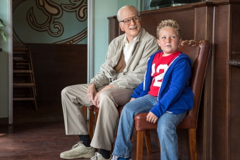фильмы смотреть онлайн несносный дед