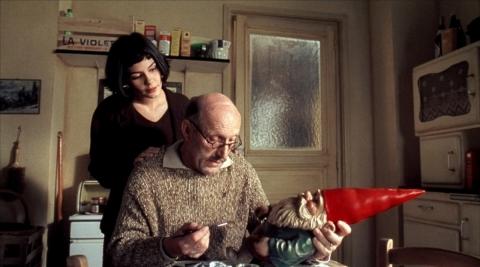 """13 Кадры из фильма """"Амели"""" (2001) Фотографии Одри Тоту - Audrey Tautou"""
