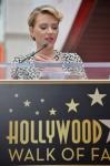 фотография №120171 с события Скарлетт Йоханссон получает звезду на Аллее Славы
