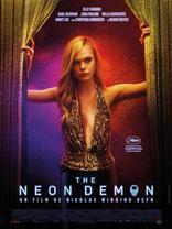 Неоновый демон плакаты