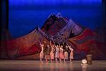 кадр №255463 из фильма Танец с саблями