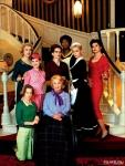 8 женщин кадры
