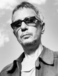 Леос Каракс