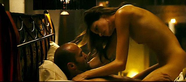 Откровенная сцена из фильма соблазн фото 18-602