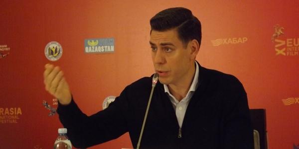 Дмитрий Дюжев на фестивале «Евразия» объявил о намерении создать актёрскую Систему