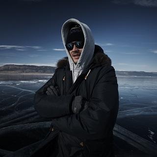 Крыжовников выходит на лёд
