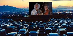 Кино под карантином: кинозал под открытым небом Кореи