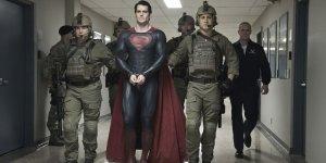 «Супергерл» отложили в пользу нового «Супермена»